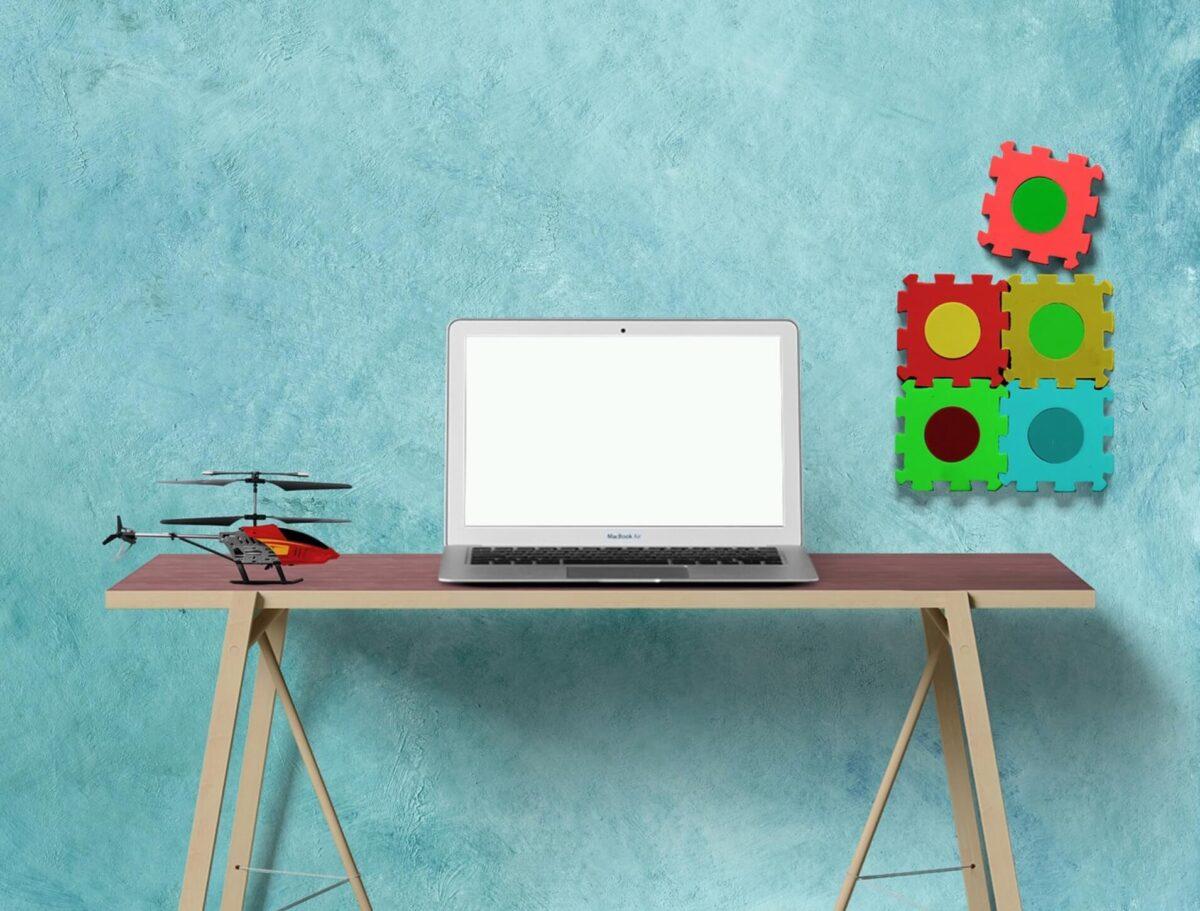 パソコンと学習机